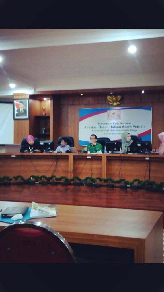 Konferensi-Unair-2015